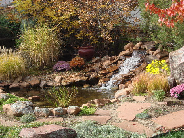 Waterfalls, Fountains & Waterfeatures